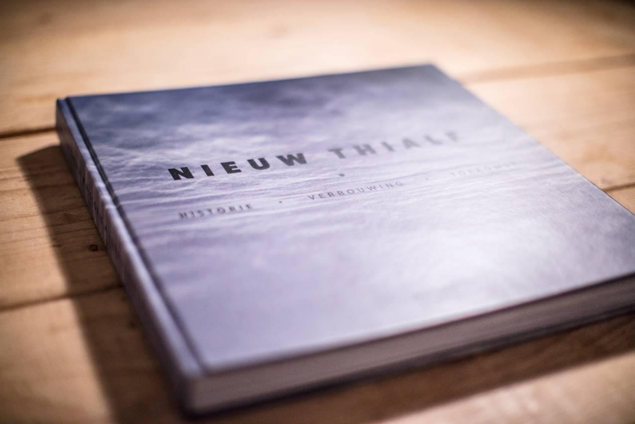 Nieuw Thialf boek verbouwing catch your moment ikraft